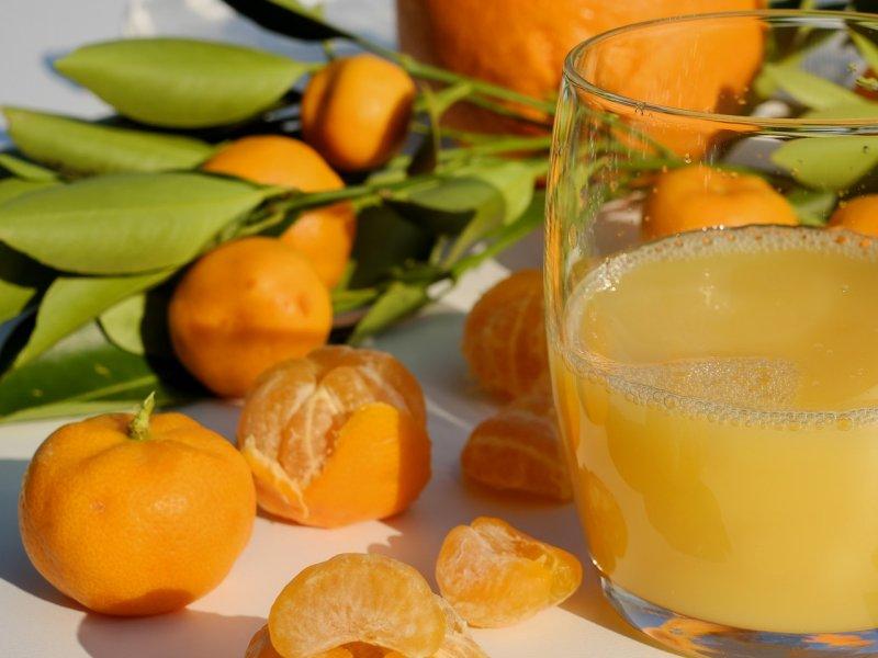 sok od mandarina